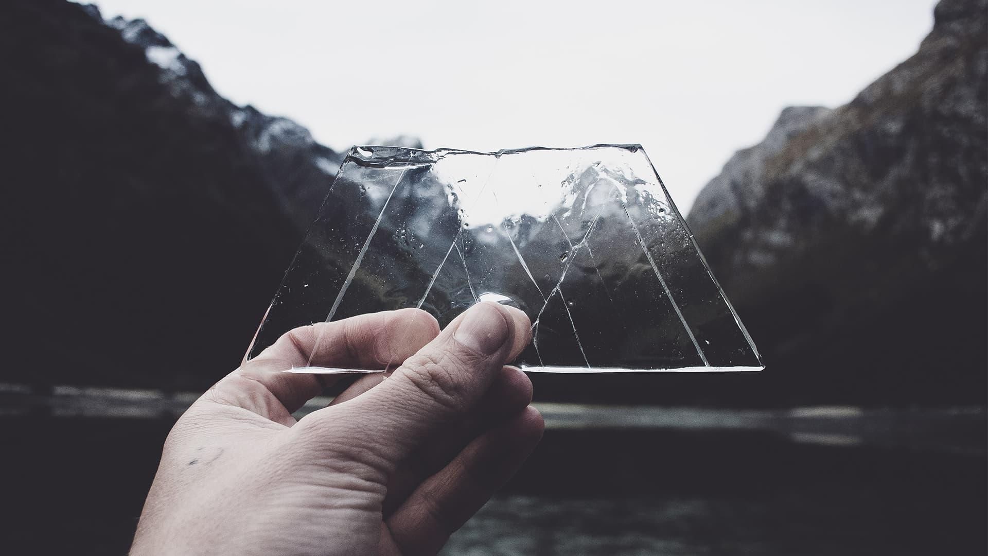 Read more about the article מדריך וידאו: חיתוך תמונות במצגת באופן יצירתי באמצעות הצלבה עם אובייקטים